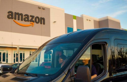 Will Amazon's 'mini-DCs' help save American malls?